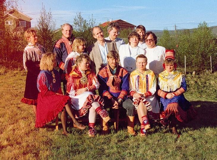 Sámi allaskuvlla bargit 1990.