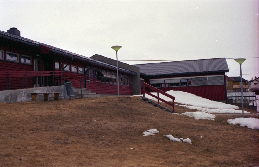Allaskuvla 1994/1995.