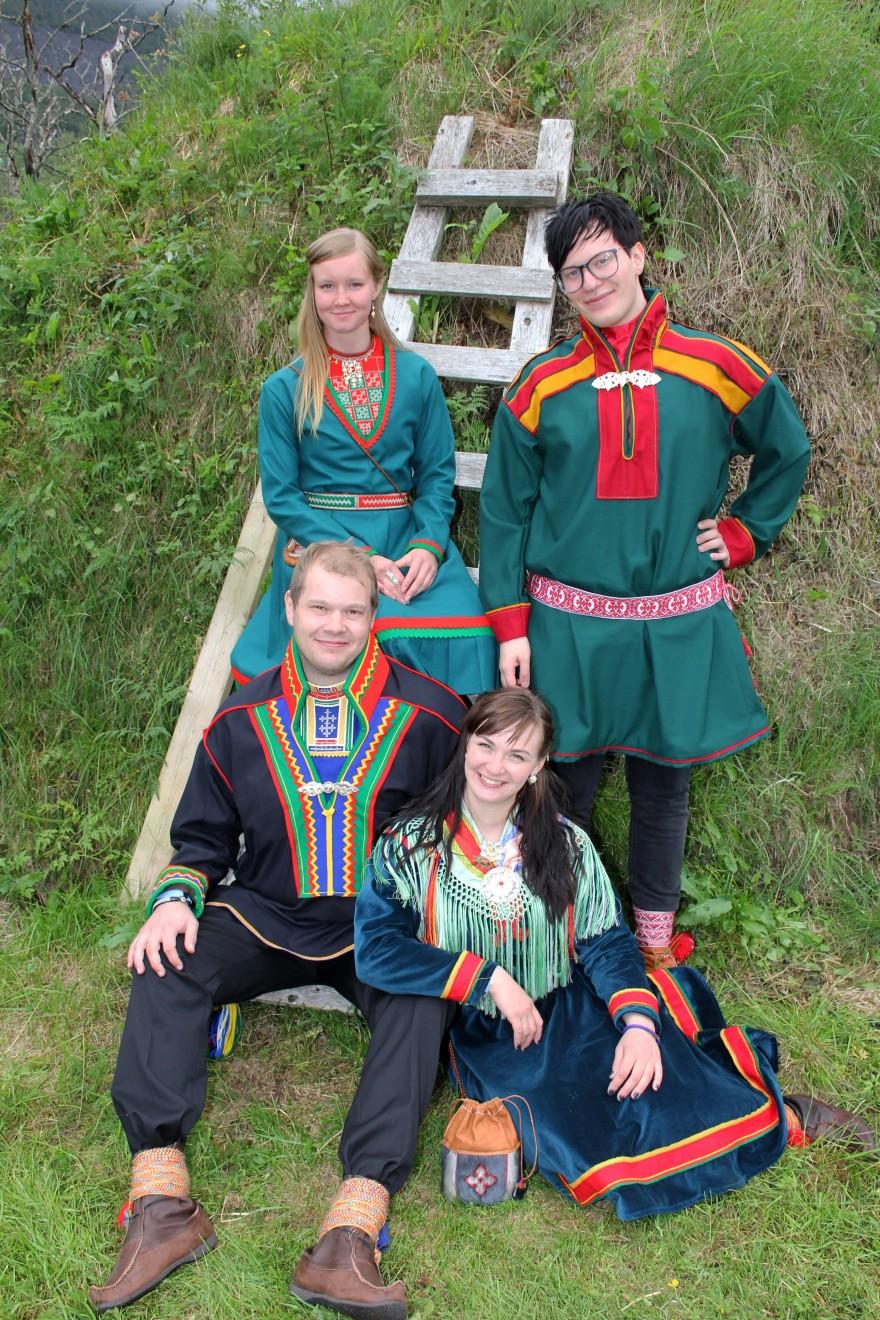 Bilde av de samiske veivisere for 2013-2014.