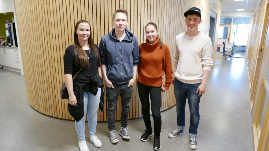 Bilde av de samiske veivisere for 2017 / 2018 på Diehtosiida