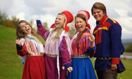 De 4 samiske veiviserne for 2014 til 2015.