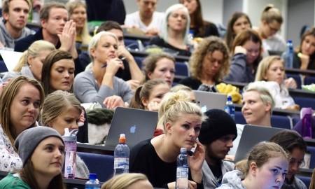 Lærerstudenter ved høgskolen i Oslo Akershus.